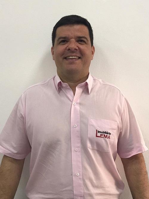Anderson Pernomian Silva